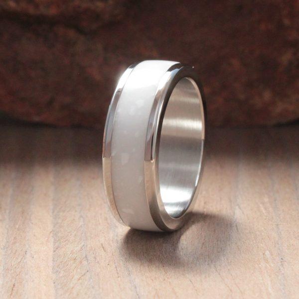 Fame Acrylic Stone Inlay Ring